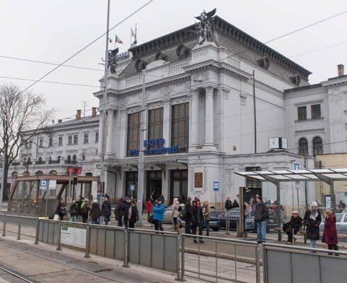 Brněnský deník: Omezení aut u nádraží padlo