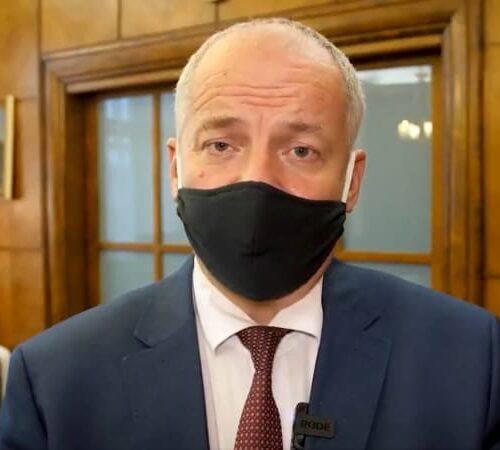 Ministr Prymula porušil zákazy, odstupuje!